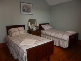 Bedroom Lady Edithn 03